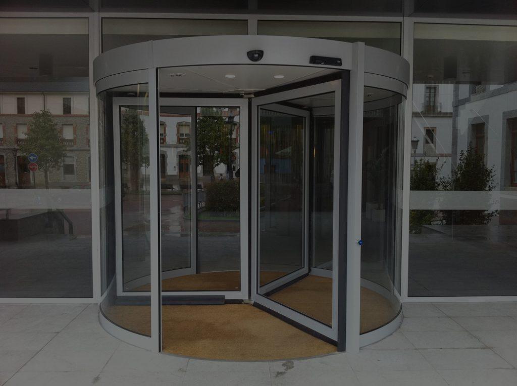 Automatic Revolving Doors 1024x765 1